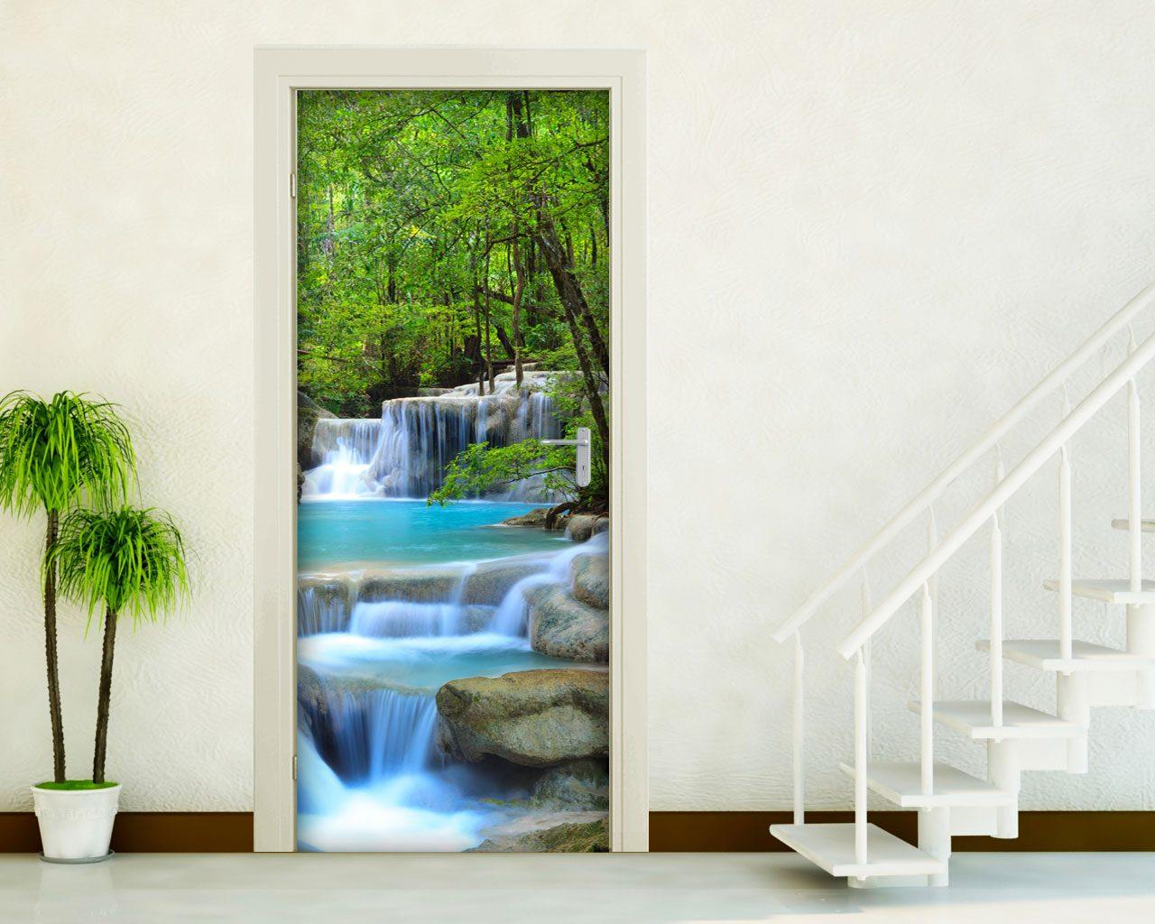 Cascate nel verde natura adesivo per porte for Specchi adesivi per porte